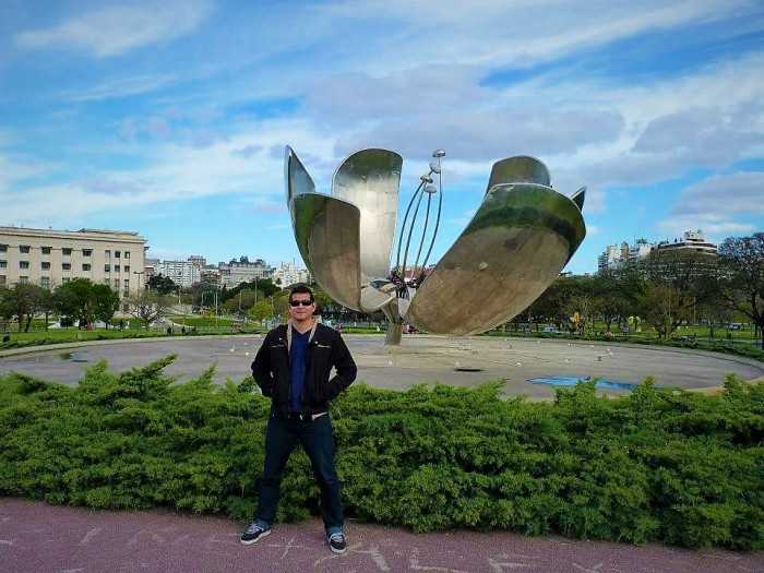4_Buenos Airs_Escultura_Flor.jpg