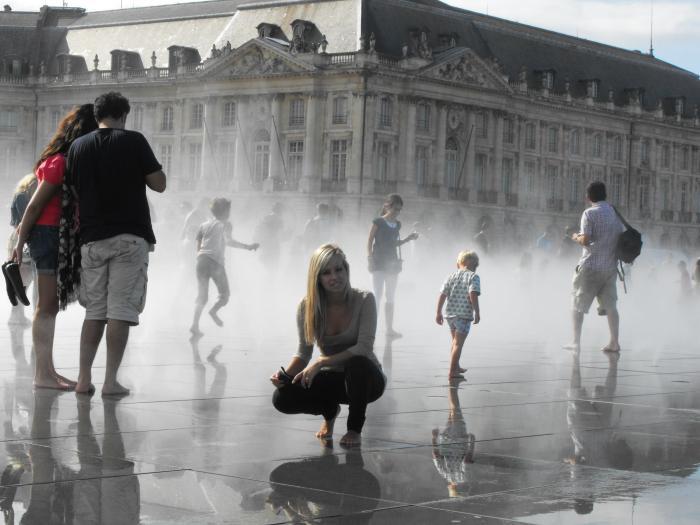 Place du Mirroir d'Eau - Bordeaux.jpg