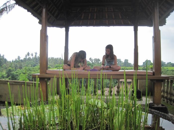 3 Una clase en Ubud, Bali. Se aprende de todos los lugares.JPG