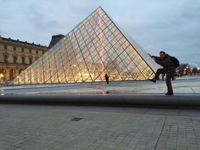 Dani en el Museo del Louvre
