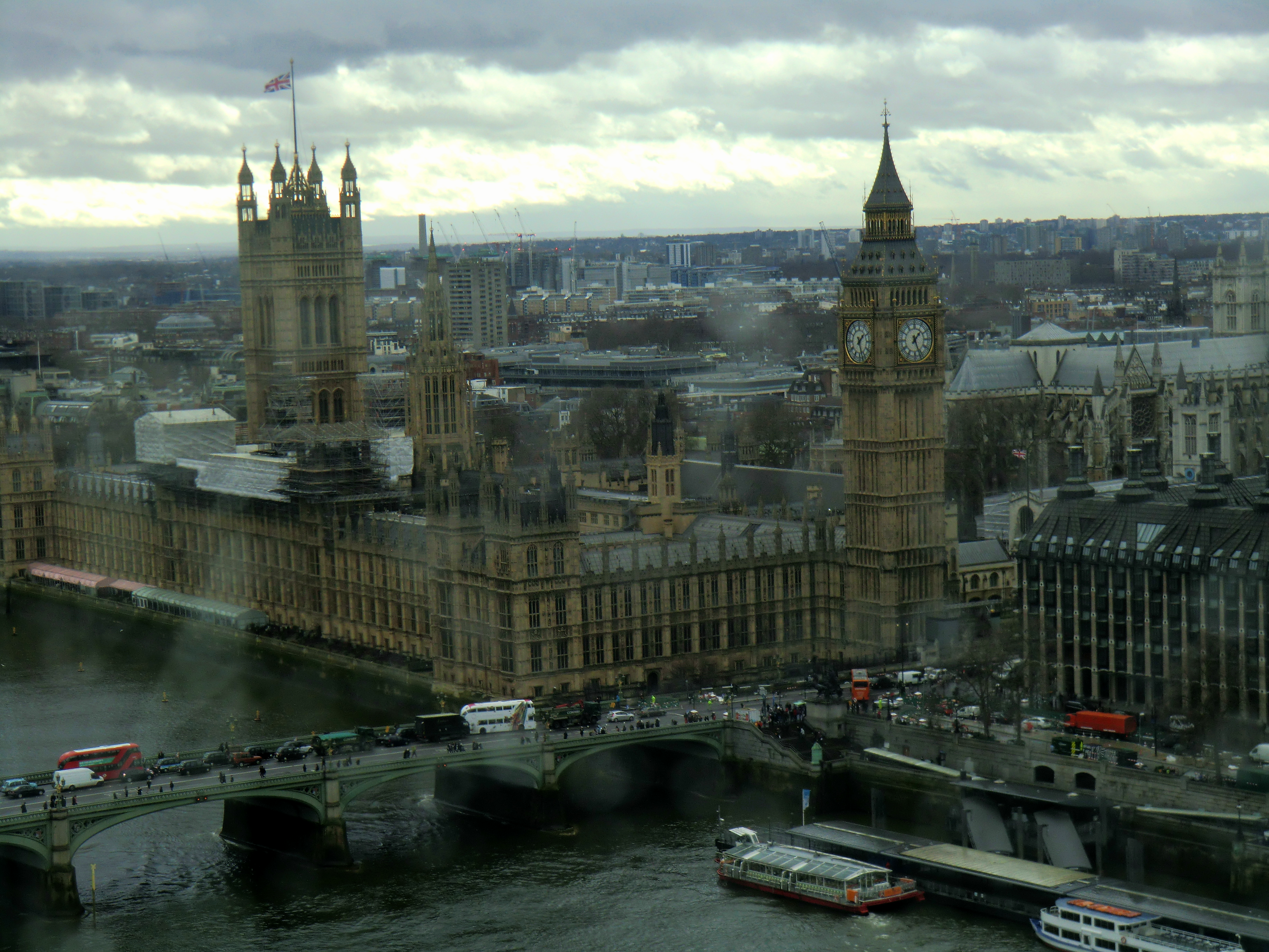 Londres - Desde London Eye lluvioso-1.png