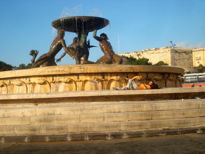 Malta - Fuente del Tritón.png
