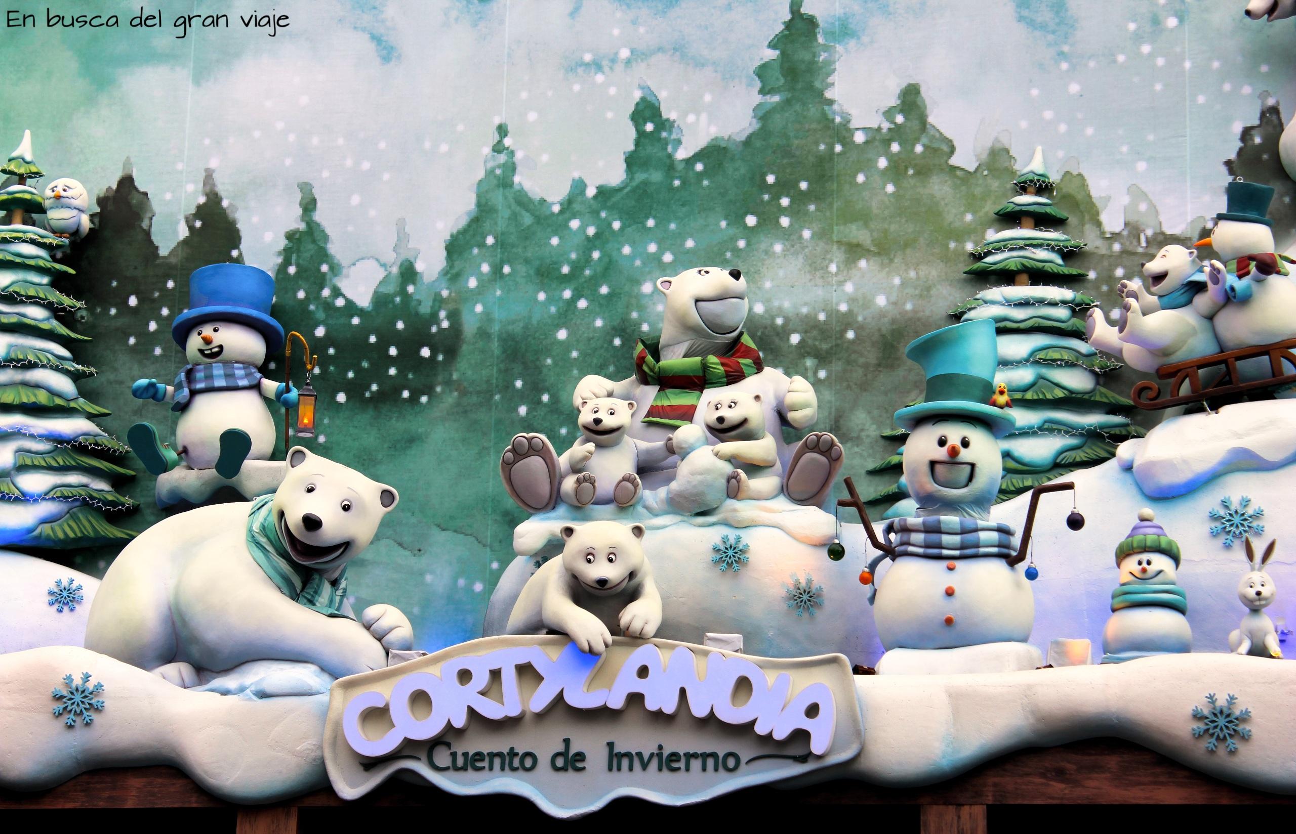 Los osos de Cortylandia con los muñecos de nieve