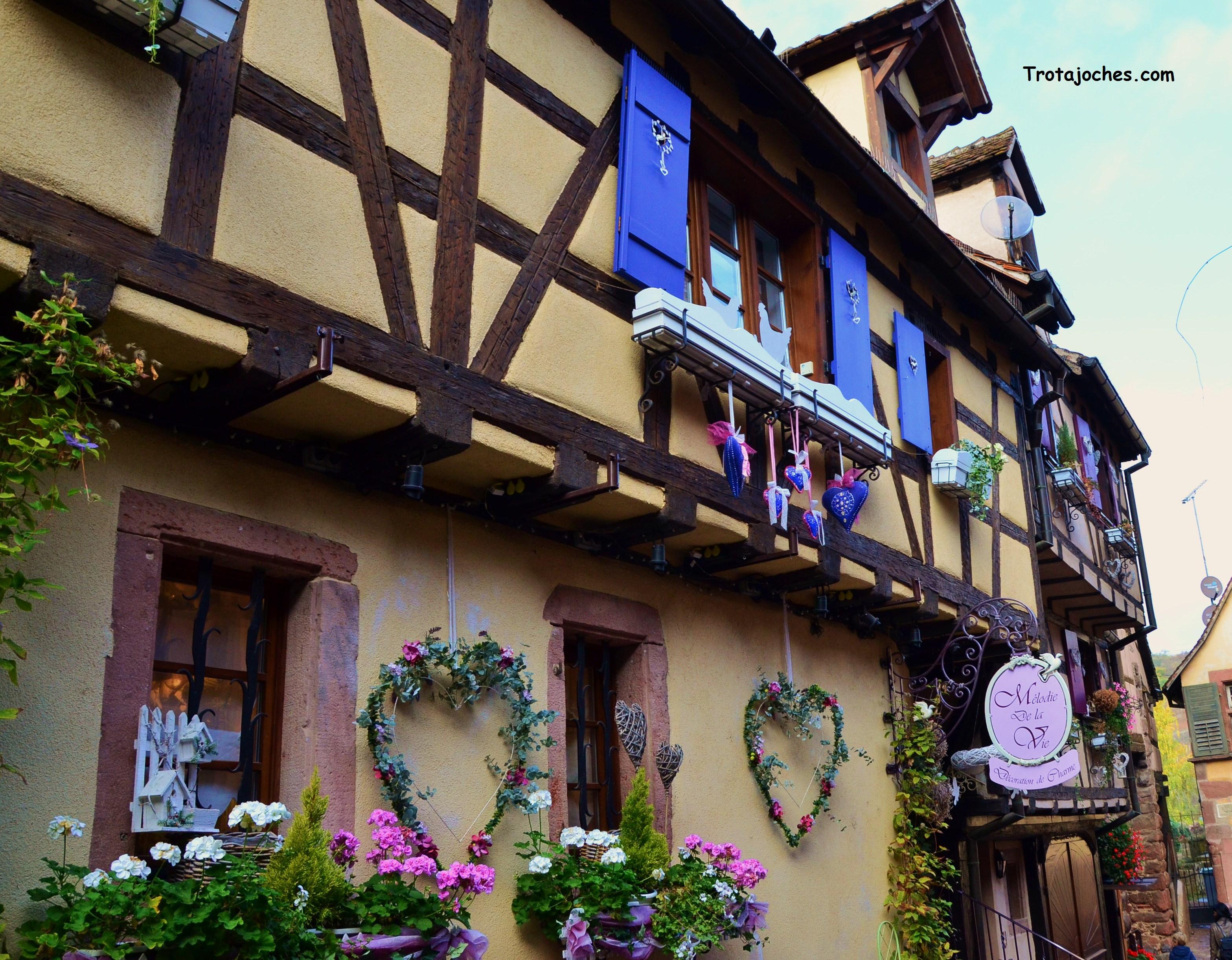 Tiendas de Alsacia decoradas