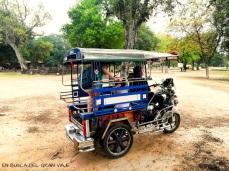 El tuk tuk que cogimos para movernos por Sukhothai